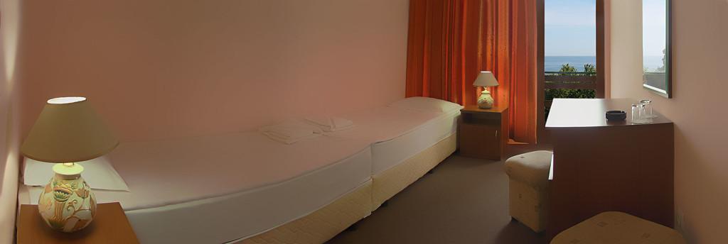 05_HOTEL-ZORA_ROOM_STANDARDPLUS