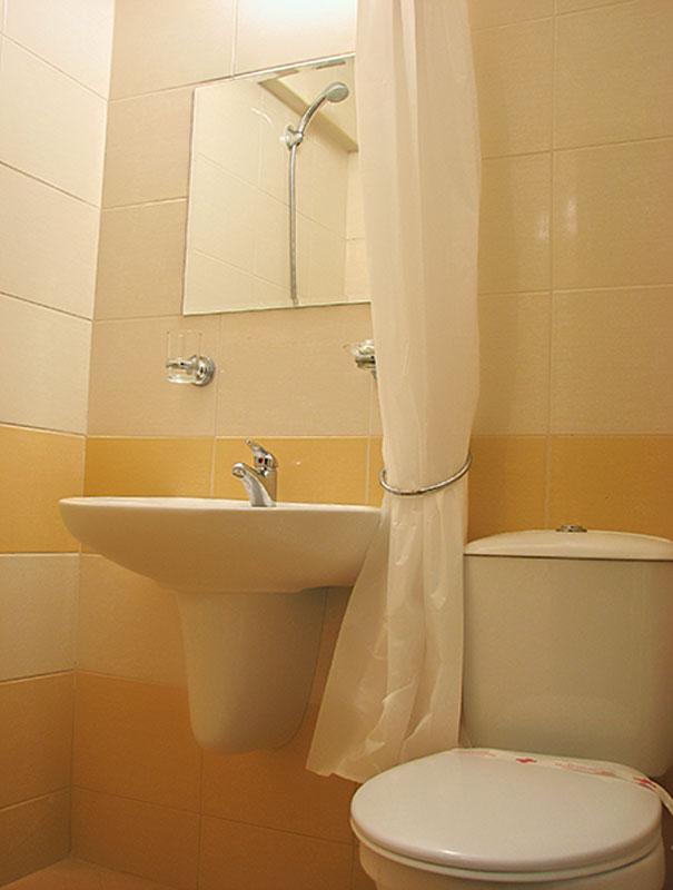 06_HOTEL-ZORA_BATH_STANDARDPLUS